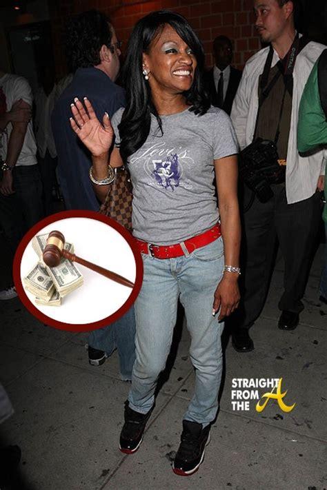 keysha cole in jeans newsflash frankie lons keyshia cole s mom sues after