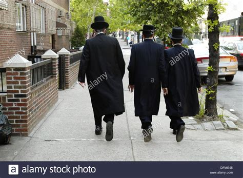 Hasidic Jew Meme - orthodox hasidic jewish men williamsburg the heart of