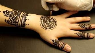 henna tattoo how to draw it on your hand very simple to do