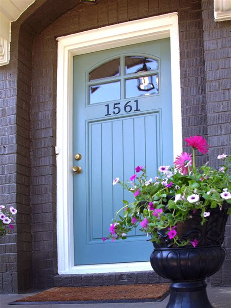 blue front door 10 budget updates and easy cosmetic fixes diy home decor