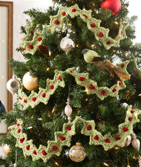 crochet christmas tree garland allfreecrochet com