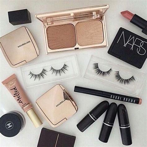Chanel 921 Sz 28x10x17cm brown makeup goals chanel eyelashes image 4133517 by marine21 on favim