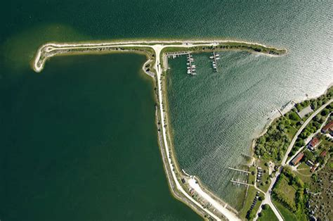 boat basin def laenna road marina in slite sweden marina reviews