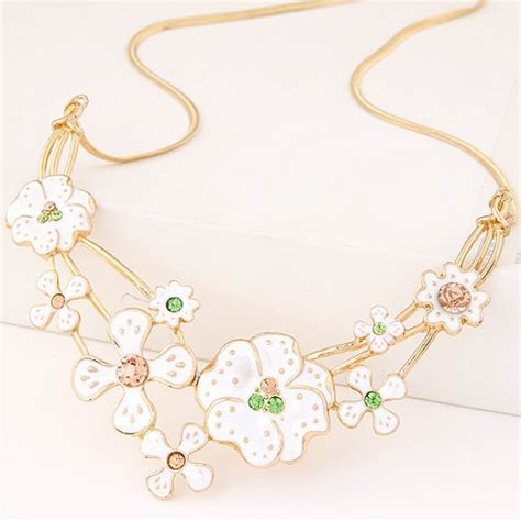 Anting Korea Sweet Flowers Resin Simple Earrings korean fashion spot glazed sweet flowers statement necklace