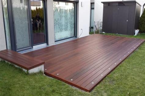 holz überdachung terrasse terrasse holz glatt oder geriffelt bvrao