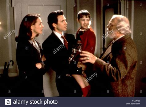 miracle on 34th street 1994 miracle on 34th street year 1994 director les mayfield