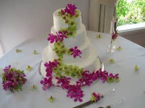 wedding cake flowers wedding cakes pictures july 2010