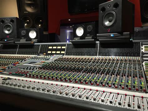 Mixer Elektronik gambar musik teknologi studio volume perlengkapan