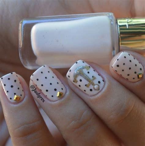 imagenes de uñas en negro con dorado 17 mejores im 225 genes sobre nailsart u 241 as con dise 241 o en