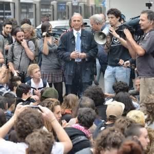 ufficio scolastico provinciale via soderini 3mila studenti vanno in piazza per dire no a expo