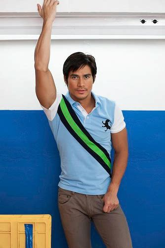 piolo pascual bench bench launches summer break 2013 orange magazine