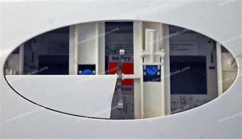 Plaque De Commande Wc Suspendu 7715 by Forum Plomberie Probl 232 Me Pour Remplacer Plaque De