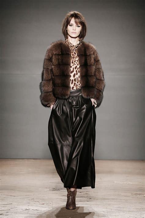 pellicceria annabella pavia la pelliccia va di moda avrvm