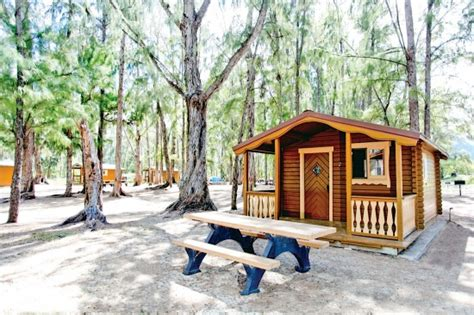 Hawaii Cing Cabins by Bellows Cottage Rentals It S Not A Hotel Or A Resort It S Upscale Cing On A