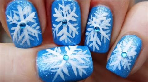 snowflake pattern on nails 12 stunning snowflake nail art designs with tutorials