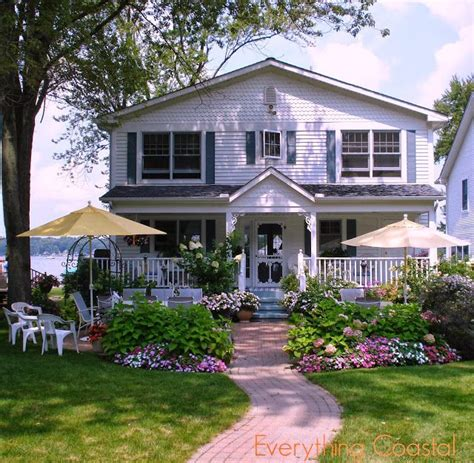 Lakefront Cottages For Rent In Michigan by Everything Coastal A Michigan Lakefront Storybook