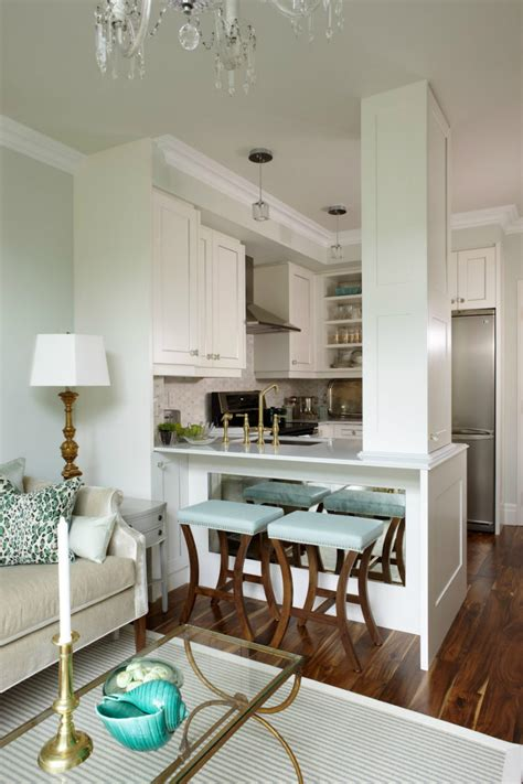 Kitchen Peninsula With Column Kitchen Peninsula Designs That Make Cook Rooms Look Amazing