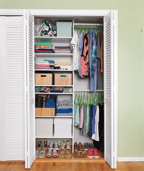 uniformity  crucial  secrets  professional closet organizers  real simple