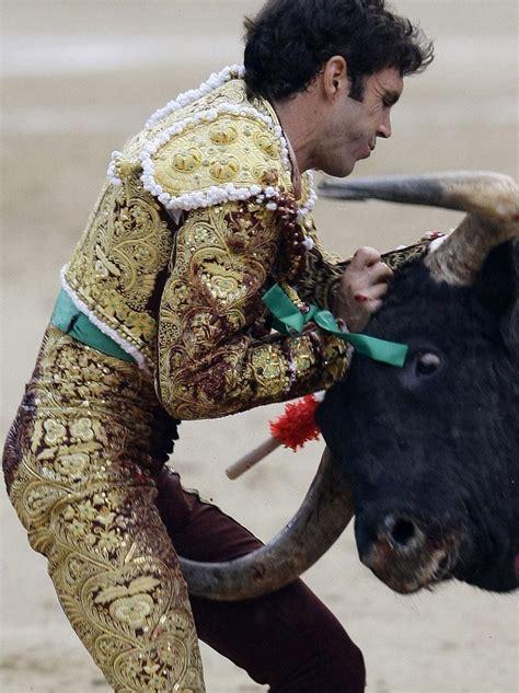 granero bullfighter jos 233 tom 225 s grave tras ser operado en la enfermer 237 a de las