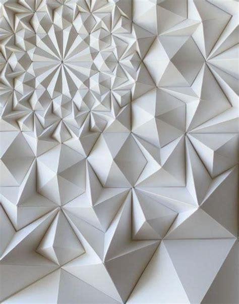 Folded Paper Painting - quand le pliage du papier devient un illustrations