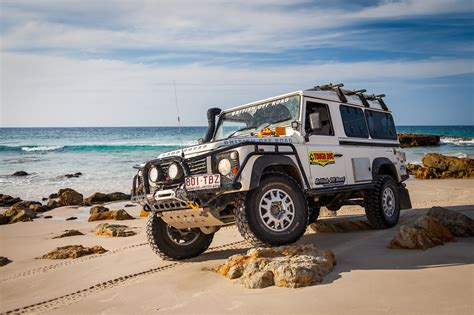 land rover 110 road land rover defender 110 road pixshark com