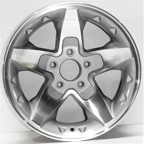 what lug pattern is a s10 16 quot silver rim by jte wheels for 2001 2005 chevy s 10 16x8