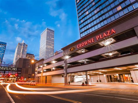 crowne plaza crowne plaza denver international airport convention