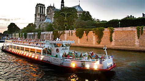 bateau mouche cruise by the seine - Bateau Mouche Chatelet
