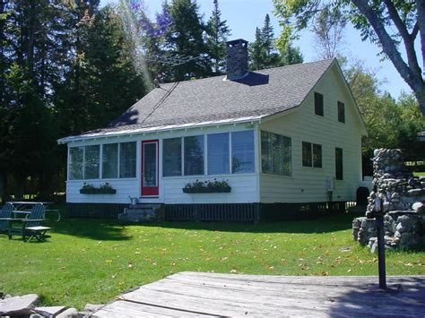 Rangeley Maine Cabins For Rent by Fiddlehead Rental Cottage On Rangeley Lake