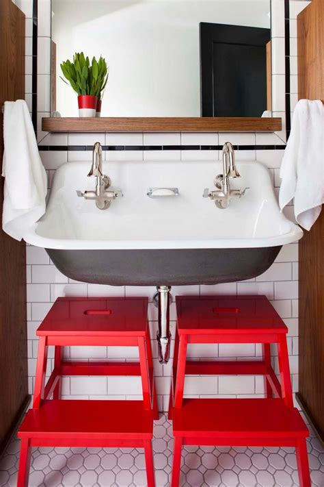 20 ways to add americana style to your home interior 20 ways to add personality to your bath bath crashers diy