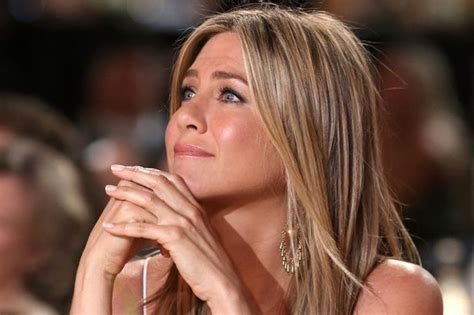 icy hot under eyes jennifer aniston sexiest moments before justin theroux
