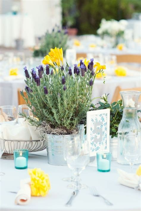 simple but table centerpieces simple table decorations wedding
