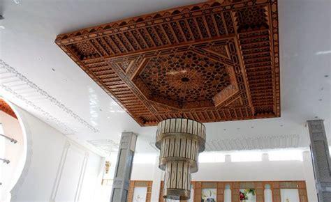 Plafond Marocain by L Artisanat Marocain Les Plafonds En Bois Ou Platre