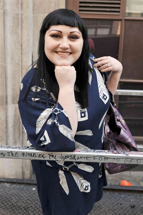 the gossip singer beth ditto photos beth ditto at the radio 1 studios
