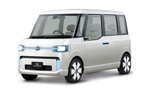 daihatsu dn compagno is a retro sedan from japan