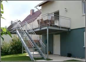 treppe in den garten balkon mit treppe in den garten balkon hause