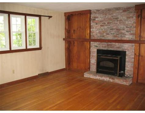 options for mantel and fireplace surround