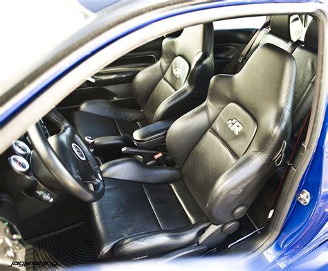 R32 Golf Interior by Car Picker Volkswagen R32 Interior Images
