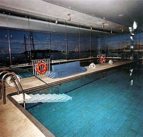 swimming pool room inside the white house pool www pixshark com images