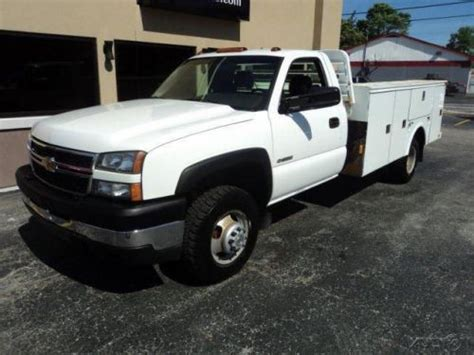 how does cars work 2006 chevrolet silverado 3500 security system buy used 2006 chevrolet silverado 3500 work in 700 s ransom ln bloomington indiana united