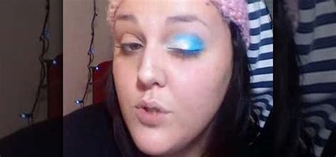 how to do light makeup how to do a light blue dry ice smoky eye makeup look