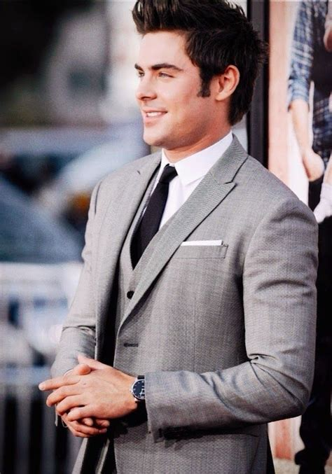 Gelang Cowok Montblanc zac efron in neil barrett suit and montblanc timepiece neighbors premiere los angeles http