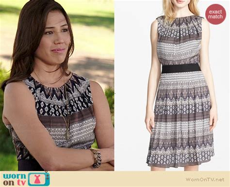 Dress Anak Brukat Mix Satin Mix Tile wornontv angela s mixed print dress on bones michaela conlin clothes and wardrobe from tv
