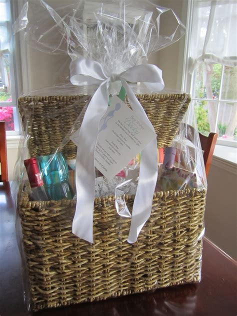 cool wedding shower gift ideas unique wedding shower gift basket ideas bridal shower
