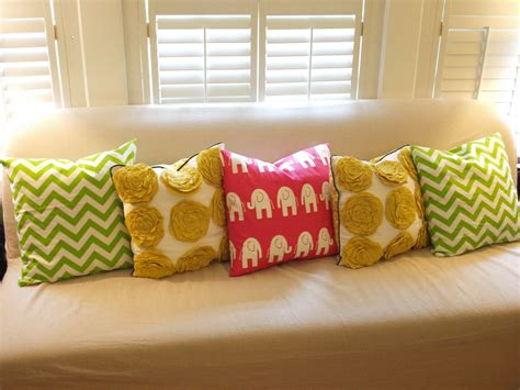 Beautiful Sofa Pillows by Beautiful Pillows For Sofas Furniture Accessories