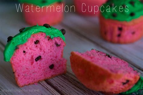 these watermelon cupcakes would be perfect for a picnic a collapsible watermelon cupcakes tgif this grandma is fun