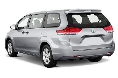 Minivan Toyota 2012 Toyota Reviews And Rating Motor Trend
