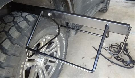 Saddle Rack For Car by 25 Best Images About Porte Selle De Voiture On