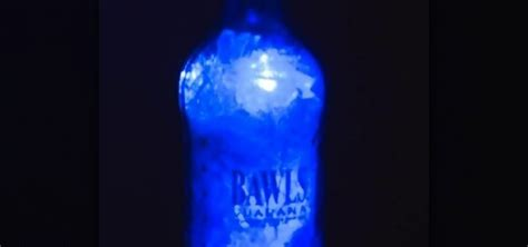 How To Make Light Blue by How To Make A Bawls Bottle Blue Led Light 171 Hacks Mods Circuitry