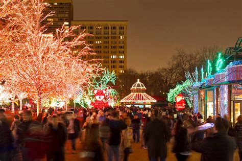 lincoln park zoo christmas lights lincoln park zoolights starts friday with two million